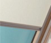 天窓に取り付けるブラインド、ローラー