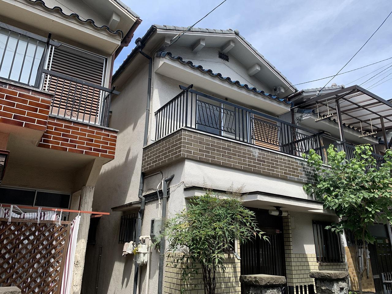 東大阪市にあるリフォーム中のお宅の屋根調査です。