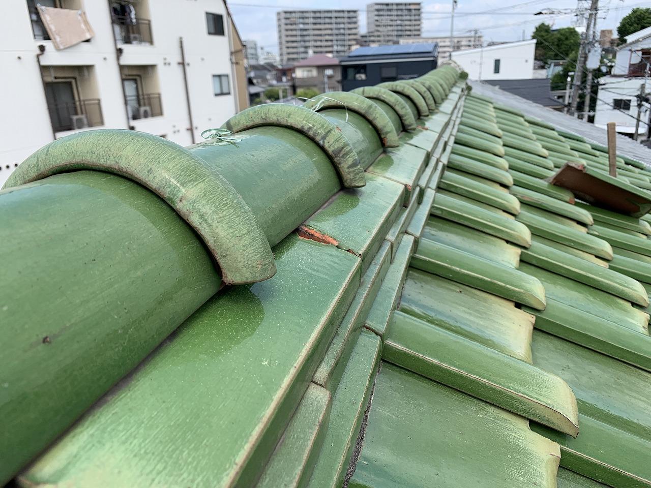 大阪市 2階建て和瓦の雨漏り調査・原因を確認しました