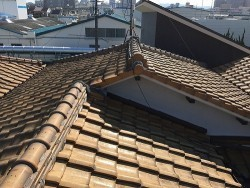 和型屋根の葺替工事前
