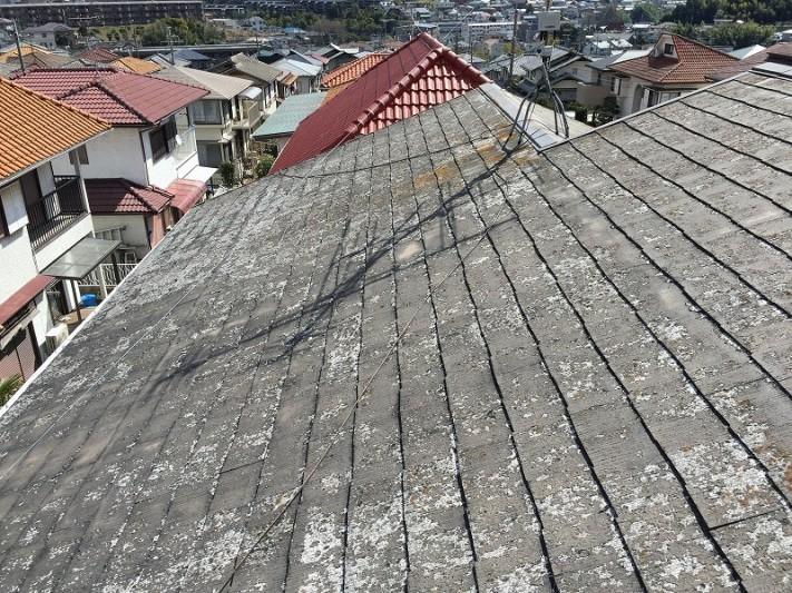 塗膜が剥げたカラーベスト屋根