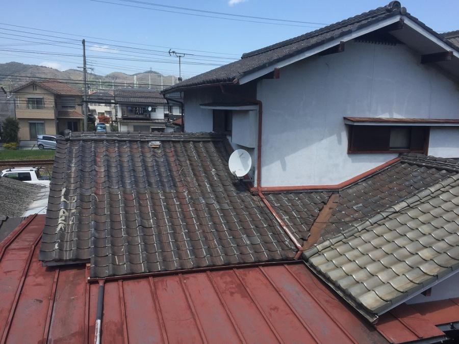 和型いぶし瓦葺の家