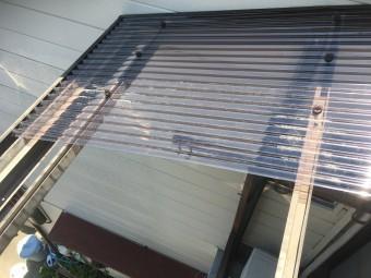 波板貼り施工過程