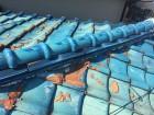 凍害でわれた和型釉薬瓦