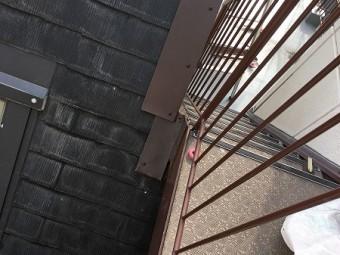 階段横の取り合い部にもカバーします。