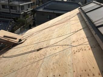 茨木市 葺き替え工事、合板野地板施工