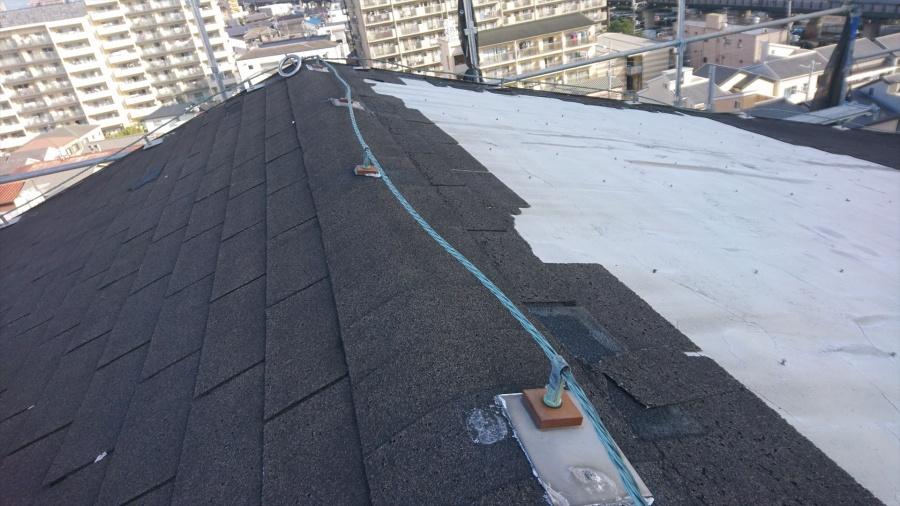 門真市のマンション 避雷導線の撤去作業