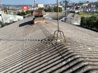 波型スレート屋根です。