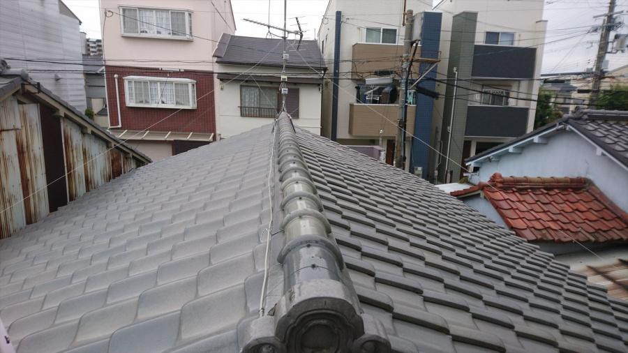 守口市 シルバーの和瓦屋根