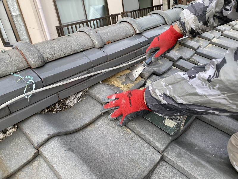 守口市 屋根漆喰解体、清掃