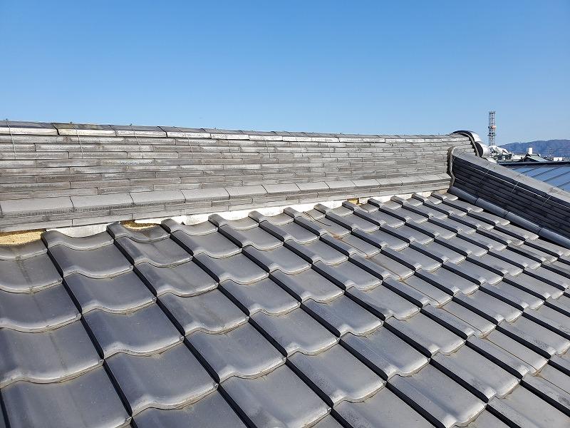 鶴見区 いぶし日本瓦屋根は漆喰のメンテナンスを20年ごとにすれば、60年でも大丈夫です。