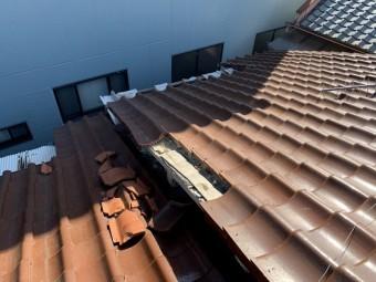 木造アパート 瓦屋根被害状況