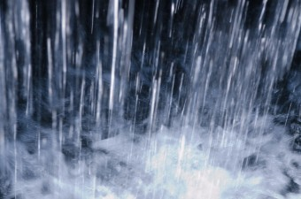 雨の降り方 大雨 素材