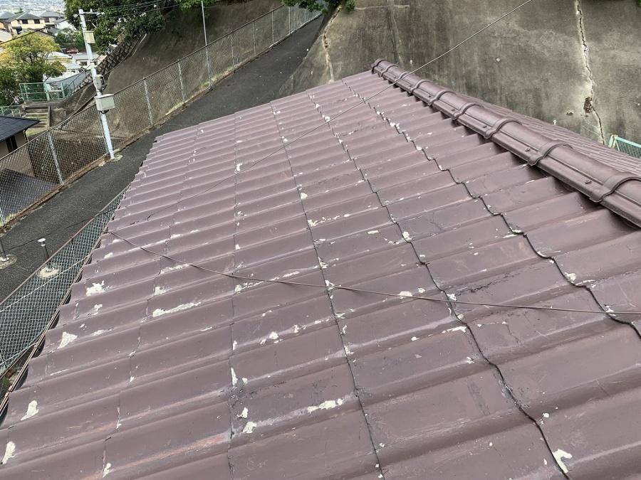 枚方市 すでに廃板になったセキスイかわらUの屋根点検を行いました。