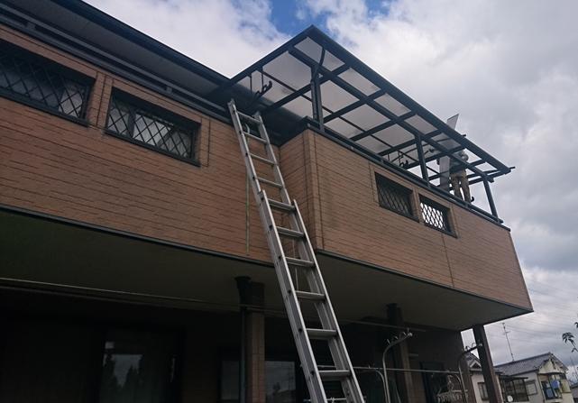 交野市 ベランダ屋根の補修工事