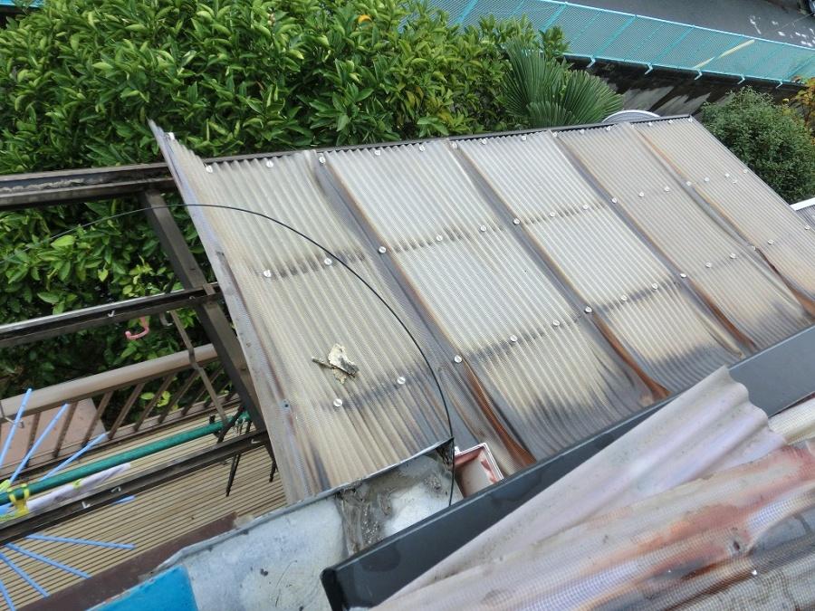 門真市 塩ビ波板をポリカ波板に張替え!そして瓦屋根の面戸漆喰やり替え工事!