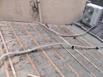 葺き替え工程野地板を張り増し