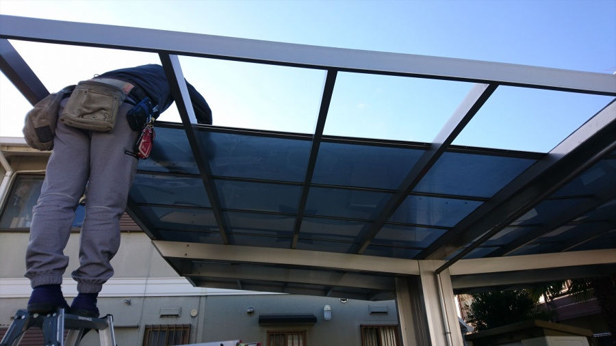 カーポートの屋根の修理