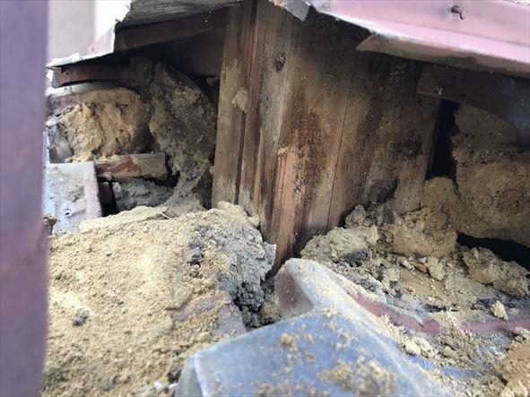 雨漏り箇所を解体