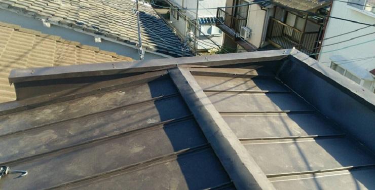 雨漏り補修カバー工法