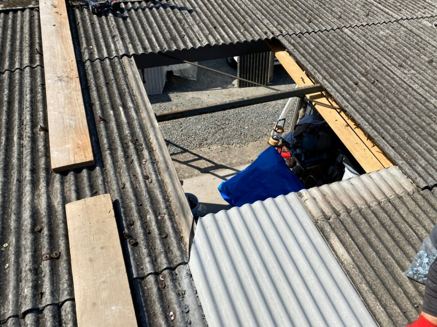 スレート屋根部分解体