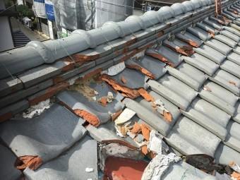屋根材の破損状況