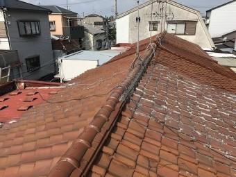 長屋屋根の全景です。